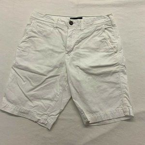 American Eagle Men's Chino Shorts Size 28 White